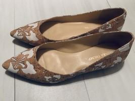 Ivanka Trump Women's Pointed Toe Flat Size 8.5M - $32.99