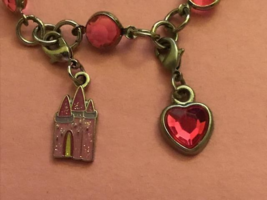 Disney Castle Kids Charm Bracelet With Pink Castle And Heart Charms - £6.08 GBP