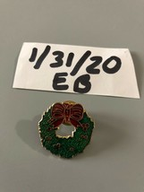 Vintage Christmas Wreath Pin - $8.90