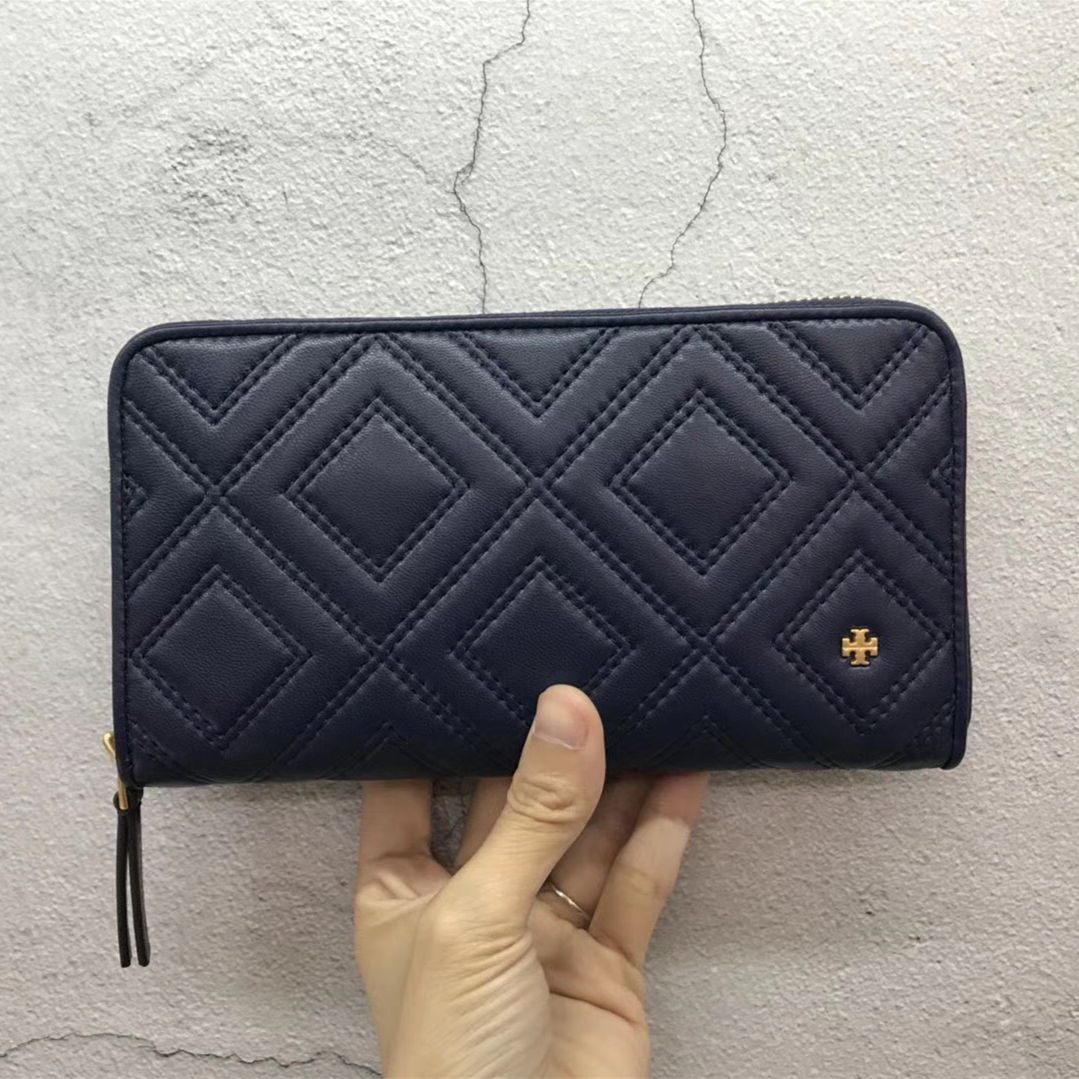 12258b3c6 New Tory Burch Fleming Zip Continental Wallet and 50 similar items. Img 2147