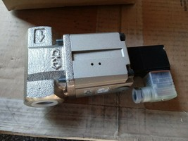 New CKD CVS2-20A-16-02HS-3 Pneumatic Coolant Solenoid Valve - $609.05