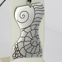 PENDANT STEEL ENGRAVED WITH BUST OF WOMEN'S, SHELL AND SINUOUS LINES image 1