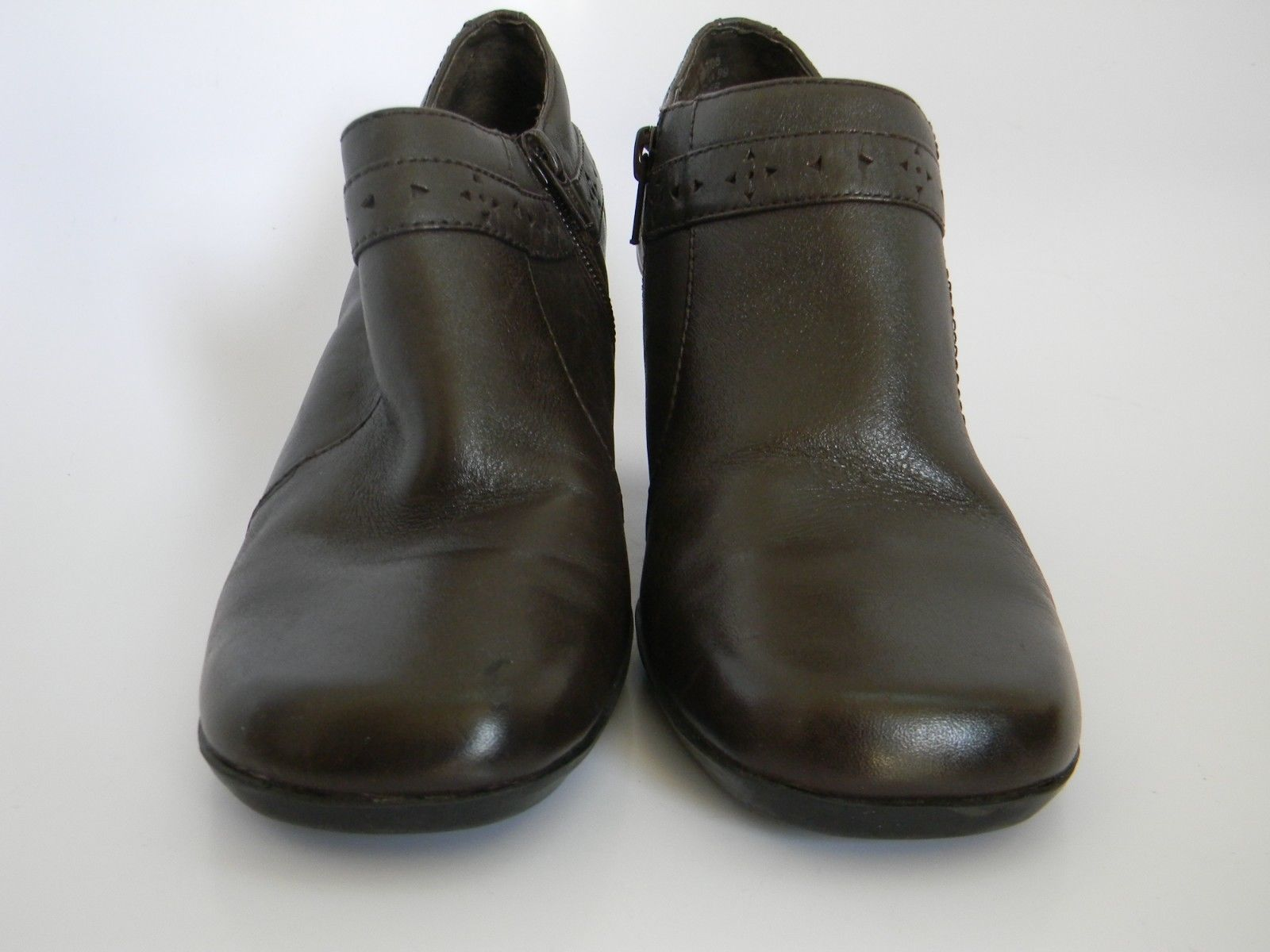 """Clarks Womens Brown Leather Upper 2.5"""" Ankle Boots Size 6M 70997"""