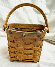 Longaberger 2001 Sweetheart Love Notes Basket with Plastic Liner - $15.99