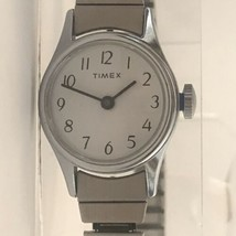 Vintage Timex Women's Wind Up Watch - $38.60