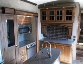 2016 Keystone Montana 3791RD For Sale In Caldwell, Idaho 83686 image 6