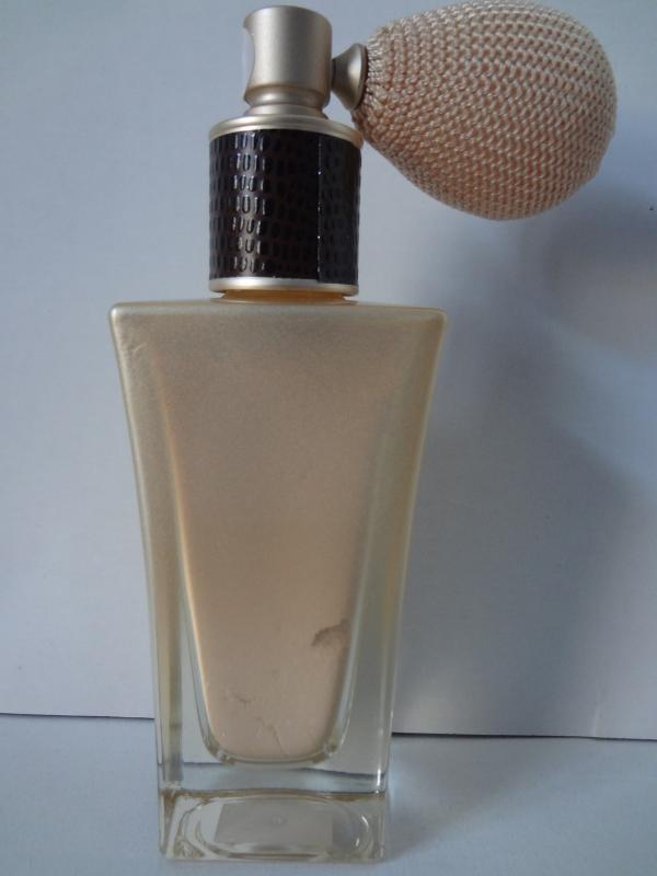 Bath & Body Works Vanilla Noir Limited Edition Radiant Powder Spray .35 oz / 30