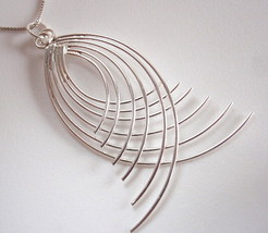 Opposing Curved Bars Necklace 925 Sterling Silver Corona Sun Jewelry - $22.76