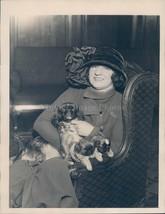 Photo Edith Bobe Crime Gem Robbery NY Butterflies Theater Diamond Rare 6x8 - $18.55