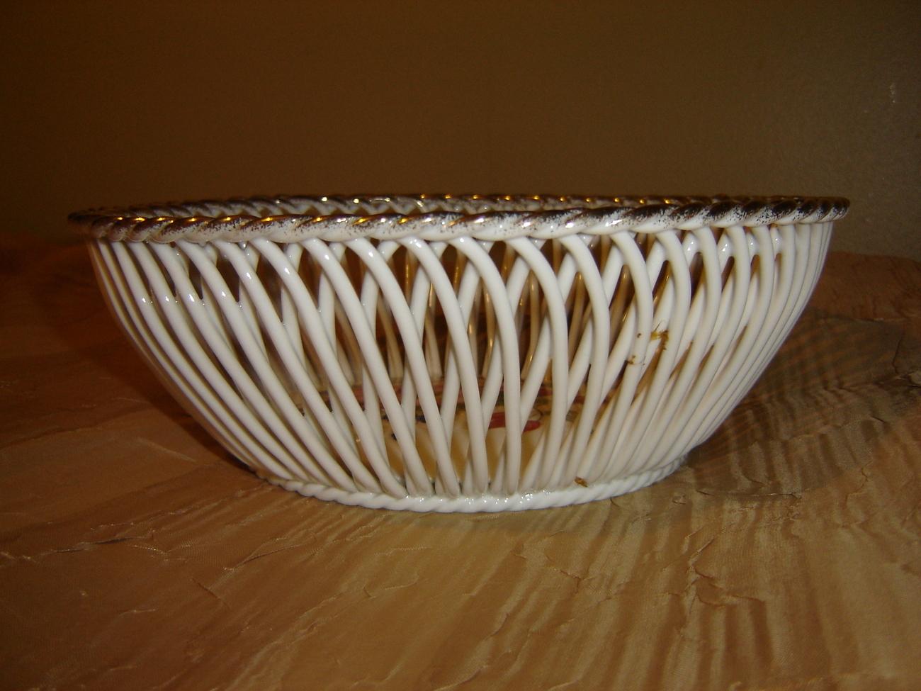 Porcelain Handmade lace weave basket