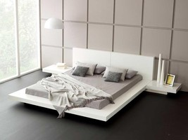 Soflex Norfolk White Gloss Lacquer Japanese Queen Bed with Nightstands