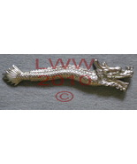 Silver Plastic Asian Chinese Oriental Dragon Black Ink Pen - $4.50
