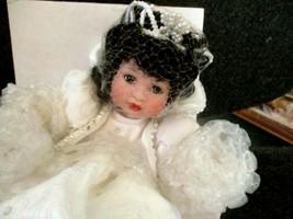 Marie Osmond Disneyland Exclusive Snow White Snowflake Tiny Tot Doll MIB w/COA - $49.45