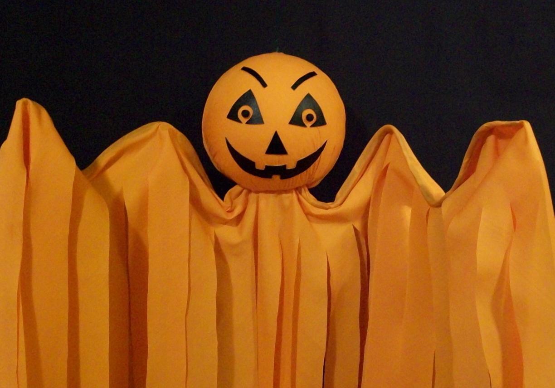 Halloween Hanging Pumpkin Flyer BANDIT, Hand-Crafted
