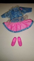 Barbie Friends Stacie Doll 90s Outfit  pink and blue frilly with shoes - $9.89