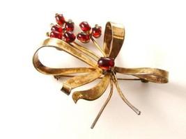 Coro Pegasus Sterling Silver Gold Vermeil Flower Brooch - $42.56