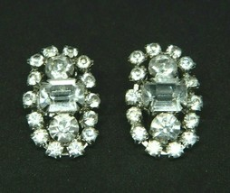 Silver Tone Clear Rhinestone Art Deco Style abstract Oval Shape Clip Earrings - $19.79