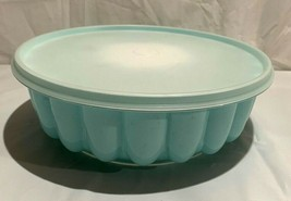 Vintage Tupperware Jello Mold #1201-#1202-#1203..Mint green with insert ... - $9.89
