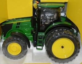 John Deere TBE45475 Prestige Collection Die Cast 7290R Tractor image 2