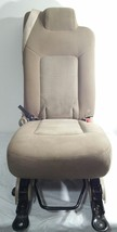 03-06 EXPEDITION TAN CLOTH SECOND 2ND ROW SEAT MIDDLE JUMP SEAT CENTER OEM - $269.99