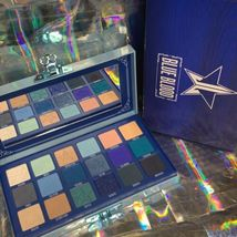 NIB  Jeffree Star BLUE BLOOD PALETTE Pristine Unused Authentic image 3