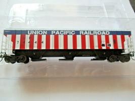 Intermountain # 453102-01 Union Pacific Bicentennial 4750' Rib-Sided Hopper (HO) image 1