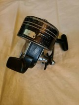Daiwa 9650A Vintage Spincast Fishing Reel for parts image 2