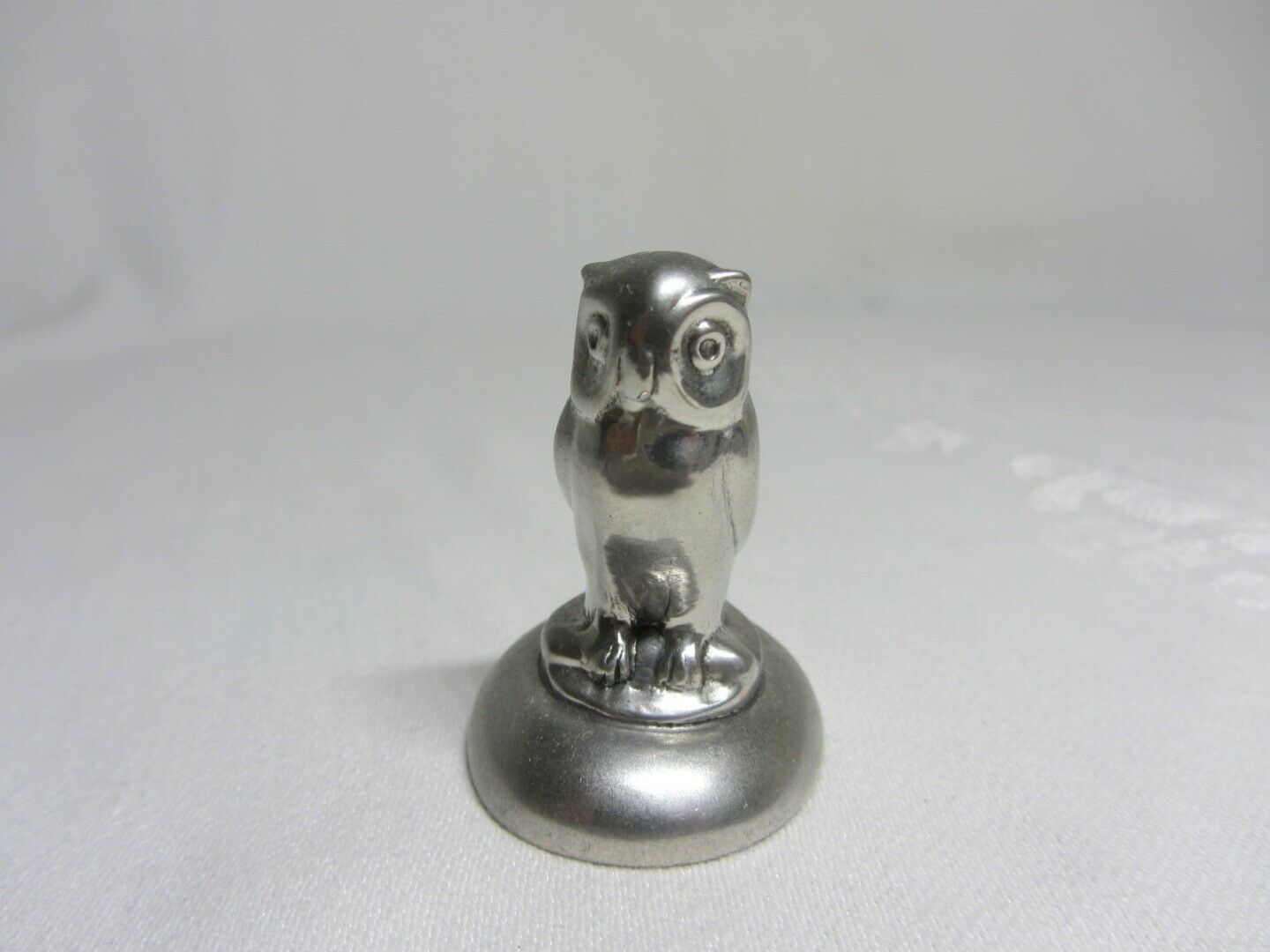 Shirley Williamsburg VA Vintage Pewter Hand Made Owl Figurine Paperweight Bird
