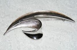 Vintage Crown Trifari Silver Tone Polish & Texture Leaf Design Brooch Pin Euc - $12.99
