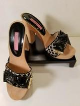 Betsey Johnson Wood Platform Vintage Clog Sandals Black & White Sz 7.5 - $28.85