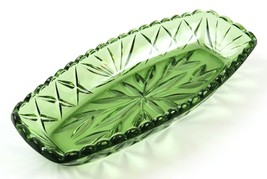 Vintage Green Glass Scalloped Edge Emerald Candy Dish Boat Plate - $19.79