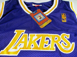 KOBE BRYANT / AUTOGRAPHED LOS ANGELES LAKERS THROWBACK BASKETBALL JERSEY / LOA image 5