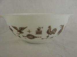 Pyrex #443 2 1/2 QT White Brown Early American Cinderella Bowl Vintage Kitchen - $14.85