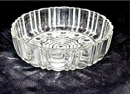Cut Glass Bowl with Detailed Design AA18-11889  Heavy Vintage