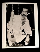1980'S FRANK ZAPPA RARE 8x10 PHOTO FEATURING SHORT HAIR GEEK LOOK -YOU'L... - $20.00