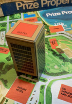 Prize Property Game Piece Resort Hotel Building Red Milton Bradley 1974 - $3.95