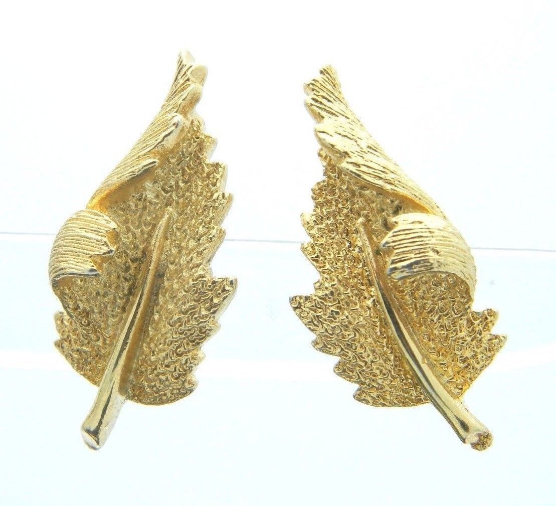 CORO Gold Tone Curved Leaf Clip-On Earrings Vintage