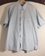 Izod Men's Button-up Short Sleeve Shirt, size 2XL Blue Striped - $14.80