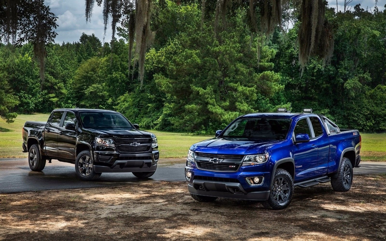 Primary image for 2016 Chevrolet Colorado Midnight Edition Trai boss 24X36 inch poster