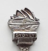 Collector Souvenir Spoon Australia Sydney Opera House Perfection Plate - $8.99