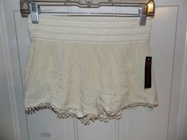 No Boundaries Natural Over Soft Shorts w/ Wide Band Size M (7/9) NEW LAS... - $18.63