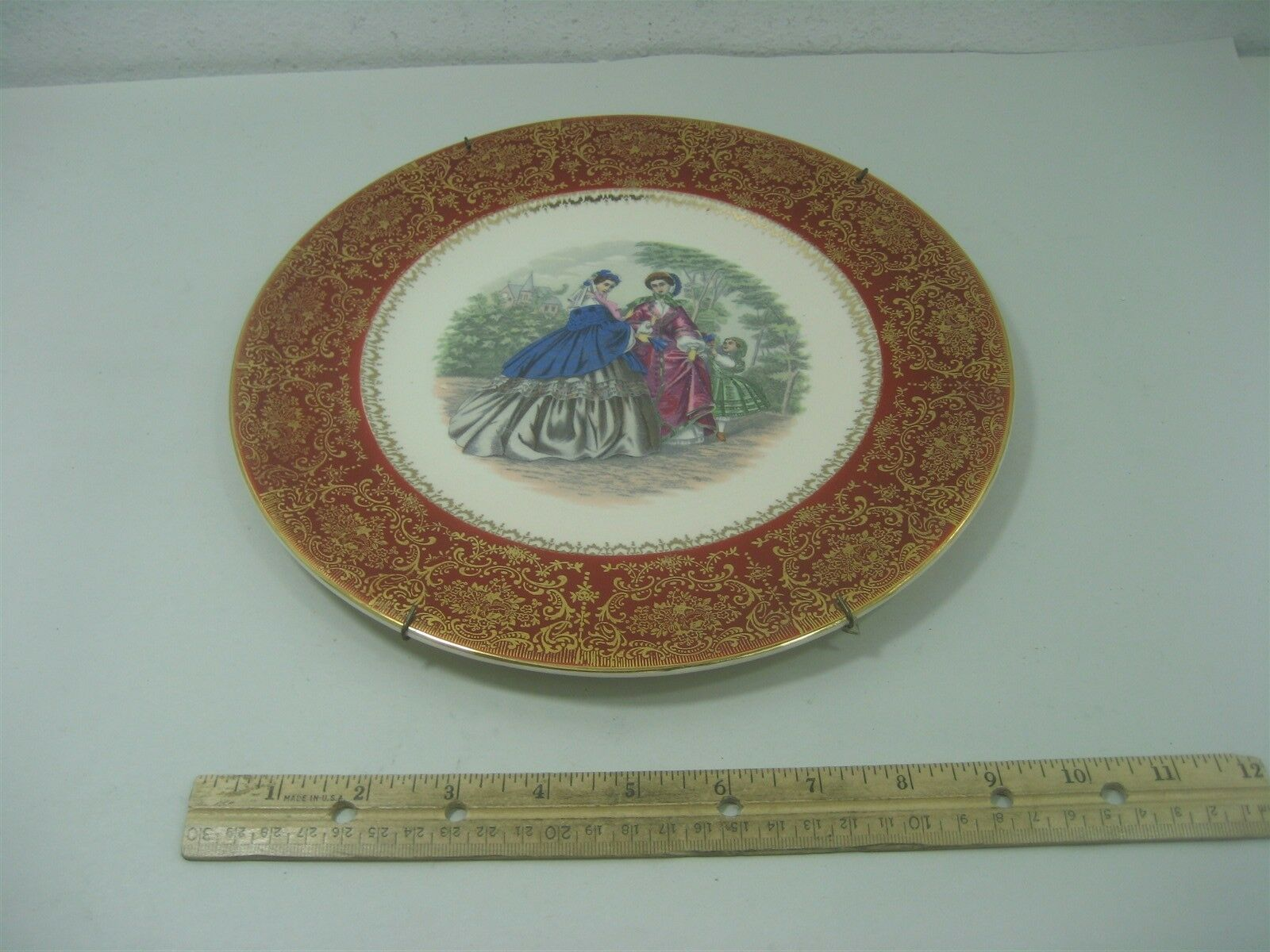 Vintage Ceramic Porcelain Decorative Collector Wall Hang Plate Victorian Style