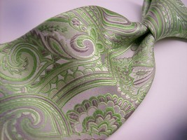 THE TIE BAR  Green Pinkish PAISLEY  100 SILK  Necktie 0 121 - $15.99
