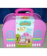 Li'l Woodzeez Travel Suitcase BEDROOM PLAYSET New - $22.88