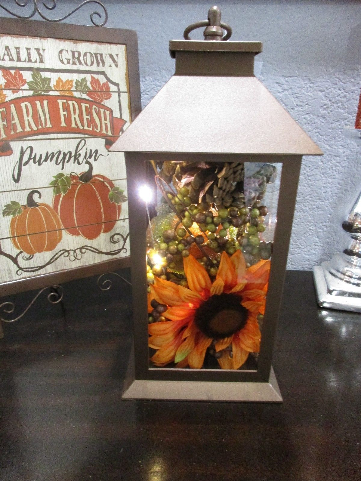 Primary image for Fall Thanksgiving Sunflower Metal Lantern LED Lights Table Decor Decoration