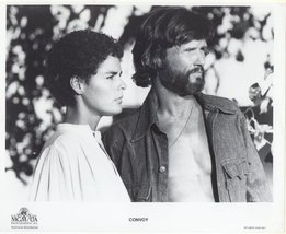 Convoy Press Publicity Photo #2 Kris Kistofferson Ali MacGraw Sam Peckinpah - $5.98