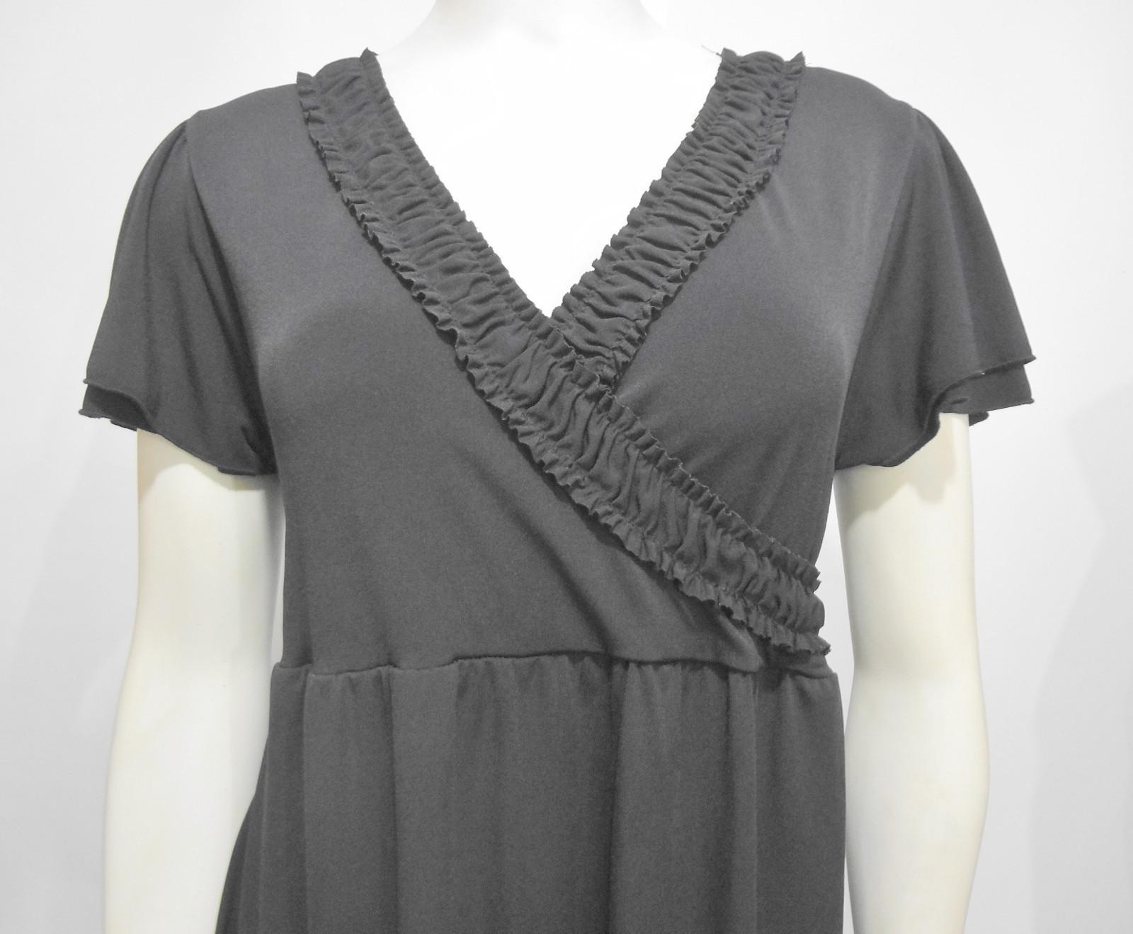 ac41a1bfbbb8d Liz Lange Maternity for Target Short-Sleeve Black Dress Medium V-Neck Tie-
