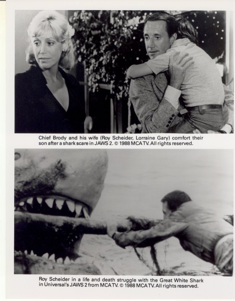 Jaws 2 II Roy Scheider Lorraine Gray Shark Press Photo Black & Cream