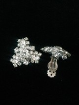 Vintage 60s silver and rhinestone triangular cluster clip on costume earrings