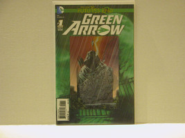 GREEN ARROW: FUTURES END #1 - 3D COVER - FREE SHIPPING - $10.40